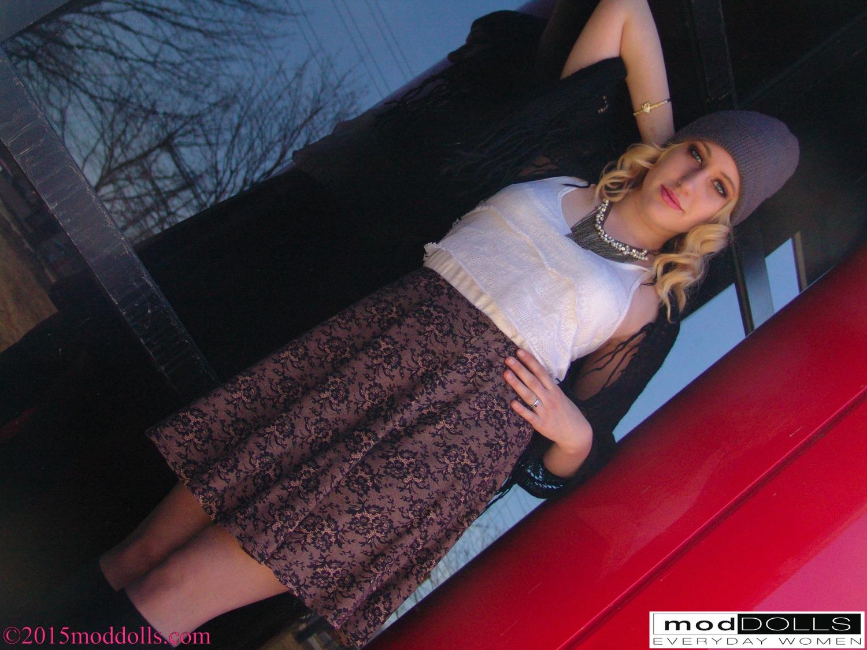 @AmbersArtway-130936